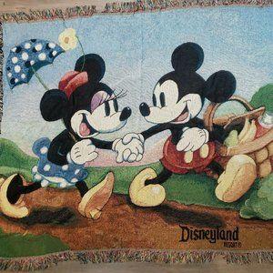 """Mickey & Minnie """"Mickey's Spring Picnic"""" Blanket"""